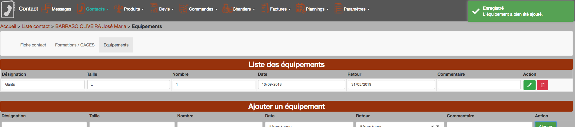 Contacts : équipements